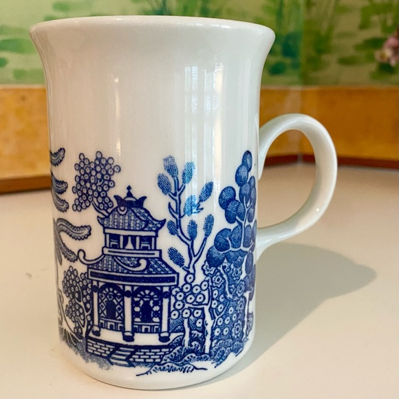 Vintage Churchill Blue Willow Mug Made in England